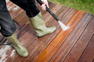 Pressure Washing Your Wooden Fences and Decks Alpharetta, GA